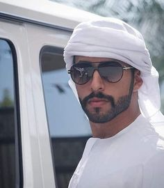 Beautiful Men Faces, Beautiful Children, Gorgeous Men, Beautiful People, Handsome Arab Men, Ray Ban Men, Hairy Men, Male Face, Sexy Men