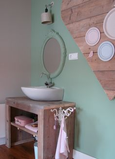 Design & Styling girl& room BY Huis & Grietje www. Girls Bedroom, Kids Room, Room, Interior, Home, Bathroom Goals, Cabin Homes, Round Mirror Bathroom, Main Bedroom