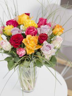 De populaire rozenmix van BakkerFlowers.com. Laat thuisbezorgen in mooie cadeauverpakking!