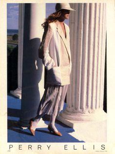 Perry Ellis - Spring/Summer 1982 US Vogue February 1982 Model Lisa Ryall