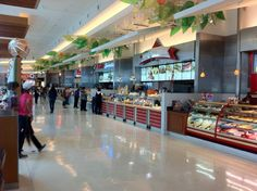 Clean food court usa