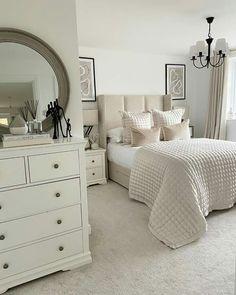 Master Bedroom Interior, Room Design Bedroom, Modern Bedroom Design, Room Ideas Bedroom, Home Room Design, Simple Bedroom Decor, Stylish Bedroom, Home Decor Bedroom, Aesthetic Bedroom