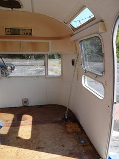 City Lady Country Girl: Renovating an Airstream