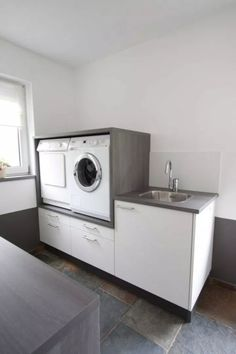 Esszimmer Ikea Bad Hochschrank Buying wholesale jewelry is not just about price compa Small Laundry Rooms, Laundry Room Storage, Laundry Room Design, Ikea Bad, Drying Room, Vintage Laundry, Best Bath, Diy Bathroom Remodel, Trendy Home