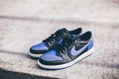 Closer look at the Nike Air Jordan 1 Retro Low OG Black Varsity Royal. Coming 7th October.  http://ift.tt/1GnxtHu