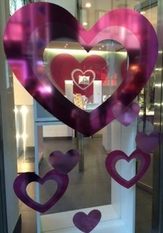online and offline Valentine's Day campaign - Ispira.Blog Links Of London, Thomas Sabo, Chopard, Visual Communication, Furla, Swatch, Valentines Day, Campaign, Restaurant Ideas