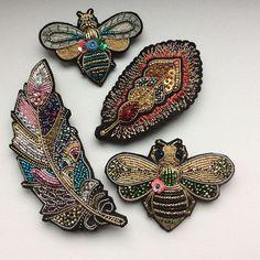 Часть брошей, выполненных на заказ, скоро разлетятся #embroidery #handmade_ru_jewellery @handmade_ru_jewellery