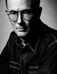 Learn about popular author William Gibson. See their books, read their biography and find links to author Web sites and social media sites. Science Fiction Short Stories, Science Fiction Authors, Mona Lisa Overdrive, William Gibson, Work On Writing, Hippie Culture, Lifelong Friends, Jack Kerouac, Literature