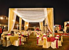 Check out these top affordable wedding venues in Delhi NCR to host the most glamorous weddings. For more such information, stay tuned with shaadiwish. Affordable Wedding Venues, Best Wedding Venues, Wedding Vendors, Destination Wedding, Glamorous Wedding, Dream Wedding, Budget Bride, Wedding Function, Outdoor Venues