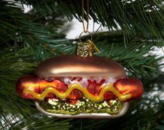 11 Drool-Worthy with Food-Themed Ornaments #hotdog