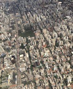 Quantos lugares vocês conseguem identificar nessa linda foto da @sarahyumi_ ? #saopaulocity #sobrevoandosp