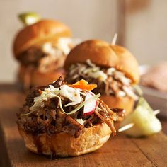 Balsamic Honey Pulled Pork Sliders- we loved this recipe. we served the pulled pork over cornbread waffles. Crock Pot Recipes, Crock Pot Cooking, Pork Recipes, Slow Cooker Recipes, Cooking Tips, Recipies, Fast Recipes, Crockpot Meals, Slider Recipes