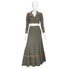 THE SUSPECT  Mary Gray (Ella Raines) period outfit
