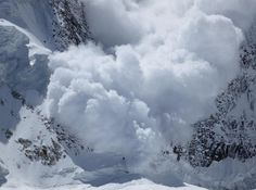 "Annapurna avalanche, 2012 ""The Day the Mountain Fell"" via Don Bowie Natural Phenomena, Natural Disasters, Mother Earth, Mother Nature, Le Tibet, El Canton, Everest, Severe Weather, Extreme Weather"