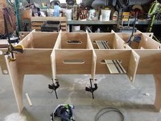 Cutting/work table - http://festoolownersgroup.com/festool-jigs-tool-enhancements/cuttingwork-table/