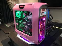 Frightened Gaming Computer Mouse William Higinbotham developed an analogue computer with Gaming Computer Setup, Gaming Pcs, Gaming Room Setup, Pc Setup, Computer Build, Gaming Girl, Girl Gamer, Computer Programming, Gaming Pc Under 1000