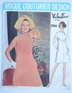 Hey, I found this really awesome Etsy listing at https://www.etsy.com/listing/232173406/vogue-couturier-design-valentino-pattern