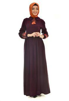 3aa494937f5c9 Kolları nakışlı boydan elbise-mürdüm-89,90tl