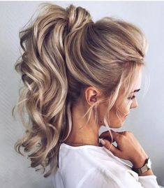 Hairstyles Wedding Ponytail Updo Best Ideas Source by Peinado Updo, Ponytail Updo, High Curly Ponytail, Ponytail Ideas, Updo Curls, Blonde Ponytail, Formal Ponytail, Twisted Ponytail, Bridal Hair