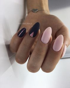 Girls, rate a manicure from 1 to . - the best design ideas for marigold . Sky Nails, Love Nails, How To Do Nails, Simple Nail Art Designs, Easy Nail Art, Nail Designs, Cute Nail Polish, Cute Acrylic Nails, Cute Almond Nails