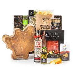 Kerstpakket Teak & Chique Cabernet Sauvignon, Tapas, Chili, Cheese, Seasons, Food, Chips, Chilis, Seasons Of The Year