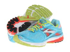 Having trouble finding best running shoes for flat feet? I have done the work and share with you the top 3 shoes for those runners suffering with flat feet.