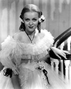 gloria stuart death