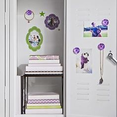 Organize your locker make it unique with Pottery Barn Teen's locker decorations. Find locker shelves and locker accessories to give your locker a boost of personality and style. Cute Locker Ideas, School Locker Decorations, Middle School Lockers, School Locker Organization, Locker Shelves, Locker Accessories, Architecture Art Design, Home Management Binder, Pottery Barn Teen