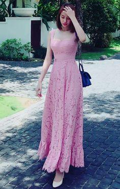 Stylish Dresses, Simple Dresses, Beautiful Dresses, Casual Dresses, Summer Dresses, Dress Brukat, Lace Dress, Classy Dress, Classy Outfits