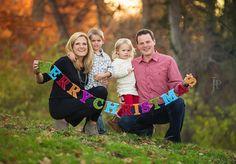 Adorable family Merry Christmas portraits / photography