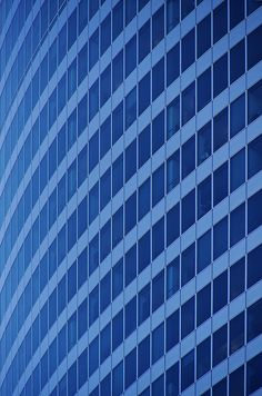 Big Blue Curve by rjseg1, via Flickr  | #blue