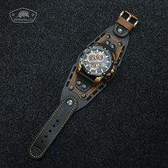 ARMADILLO - Изделия из кожи ручной работы Vintage Watches For Men, Luxury Watches For Men, Leather Watch Bands, Mens Watch Bands, Tandy Leather, Leather Workshop, Hand Watch, Leather Working, Bracelets For Men