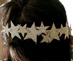 We need to make these star crowns for the holidays!
