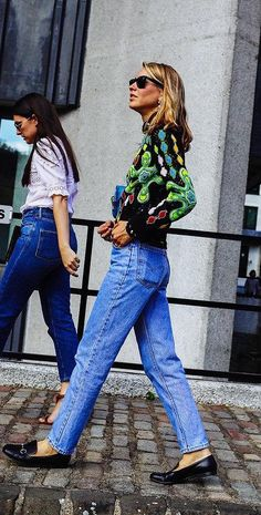 Jessica Minkoff in Levis jeans and Gucci loafers