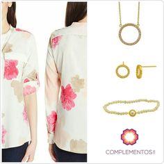 """Hermosa blusa de @ittierre_business combinada junto a nuestros accesorios  Encuentralos en nuestro """"Silver Showroom"""" en @ittierre_topshop que está  ubicado en la Plaza Castilla (Av. Abraham Lincoln casi esq. Lope de Vega)  Para más info contactanos : 809 853 3250 / 809 405 5555  #newarrivals #available #newcollection #chain #earrings #bracelet #cadena #aretes #pulsera #silver #zircon #zirconia#gold #fancy #accesories #jewelry #chic #trendy #delicate #precious #glam #gorgeous #unique #fancy…"""