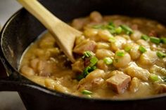 A simple recipe for deliciously creamy butter beans that's sure to satisfy. Serve over hot cooked rice and alongside your favorite cornbread or biscuits. Lima Bean Recipes, Beans Recipes, Ham Recipes, Southern Dishes, Southern Recipes, Lima Beans Recipe Southern, Dry Beans Recipe, How To Cook Beans, Mexican Dinner Recipes