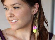 Earrings : Tutorial: DIY Neon Paper Bead Earrings