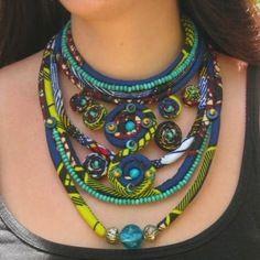 """www.cewax.fr aime les bijoux ethno tendance Bijoux ethniques et style tribal. CéWax aussi fait des bijoux en tissus imprimés africains, on vous retrouve en boutique ici: http://cewax.alittlemarket.com/ - (vendu) collier en wax """"blue travel"""""""
