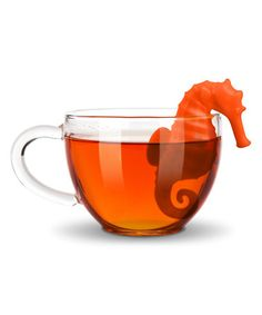 Turn tea time into an underwater adventure! Fred's seafaring Under the Tea Seahorse infuser bobs in your cup, brewing loose tea leaves to perfection. Tea Strainer, Tea Infuser, Reading Tea Leaves, Buy Tea, How To Make Tea, Loose Leaf Tea, Tea Accessories, Looks Cool, Tea Party