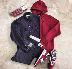 Outfit grid - Maroon casual
