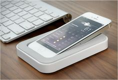 SAIDOKA  iphone stand by bluelounge