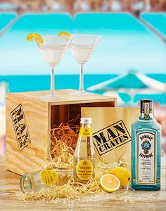 Gifts and Hampers - Man Crates: Gentleman's Gin Man Crate! Best Dad Gifts, Cool Gifts, Fathers Day Gifts, Gifts For Dad, Man Crates, Hampers, Gin, Liquor, Alcoholic Drinks