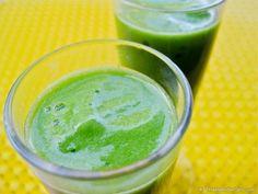 Raw Vegan Pineapple Ginger Green Smoothie