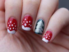 holiday nails | 18 Photos of the Inspirational Holiday Nail Designs Beauty & Personal Care - Makeup - Nails - Nail Art - winter nails colors - http://amzn.to/2lojz72