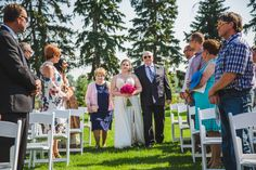 The Bow Valley Ranche Restaurant is such a gorgeous spot for a lawn wedding ceremony! By Calgary wedding photographers Anna Michalska Photography Calgary Wedding Venues, Outdoor Wedding Venues, Wedding Ceremony, Restaurant Wedding, Nontraditional Wedding, Wedding Portraits, Lawn, Photographers, Backdrops