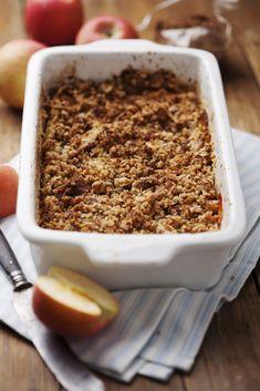 Een heerlijke appel crumble, of appel crisp, zo u wilt. Extra krokant door de havermout in de topping! Verwarm je oven voor op 190 graden en vet een ovenschaal in met boter. Leg de stukjes appels in de schaal. Doe alle resterende ingrediënten in een kom en mix met een lepel of vork totdat het […]
