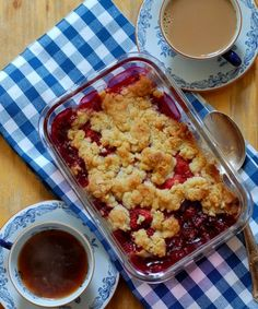 After Eight-brownies - Söta saker Sweet Cherry Pie, Swedish Recipes, Sweet Cherries, Recipes From Heaven, Lchf, Cauliflower, Deserts, Food And Drink, Gluten