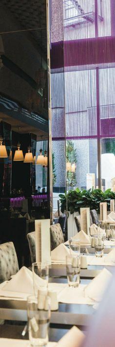 Fashion restaurant at Riu Plaza New York Times Square - Urban Hotel - Hotel in New York City, USA.