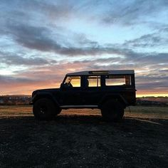 "@landroverphotoalbum ""Silhouette By @happyworld.is #landrover #defender110csw #landroverdefender #landroverphotoalbum…"""