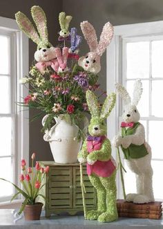 Trendy Tree - online holiday home decor shop Hoppy Easter, Easter Bunny, Easter Tree, Easter Crafts, Easter Projects, Easter Ideas, Spring Crafts, Holiday Crafts, Easter 2015